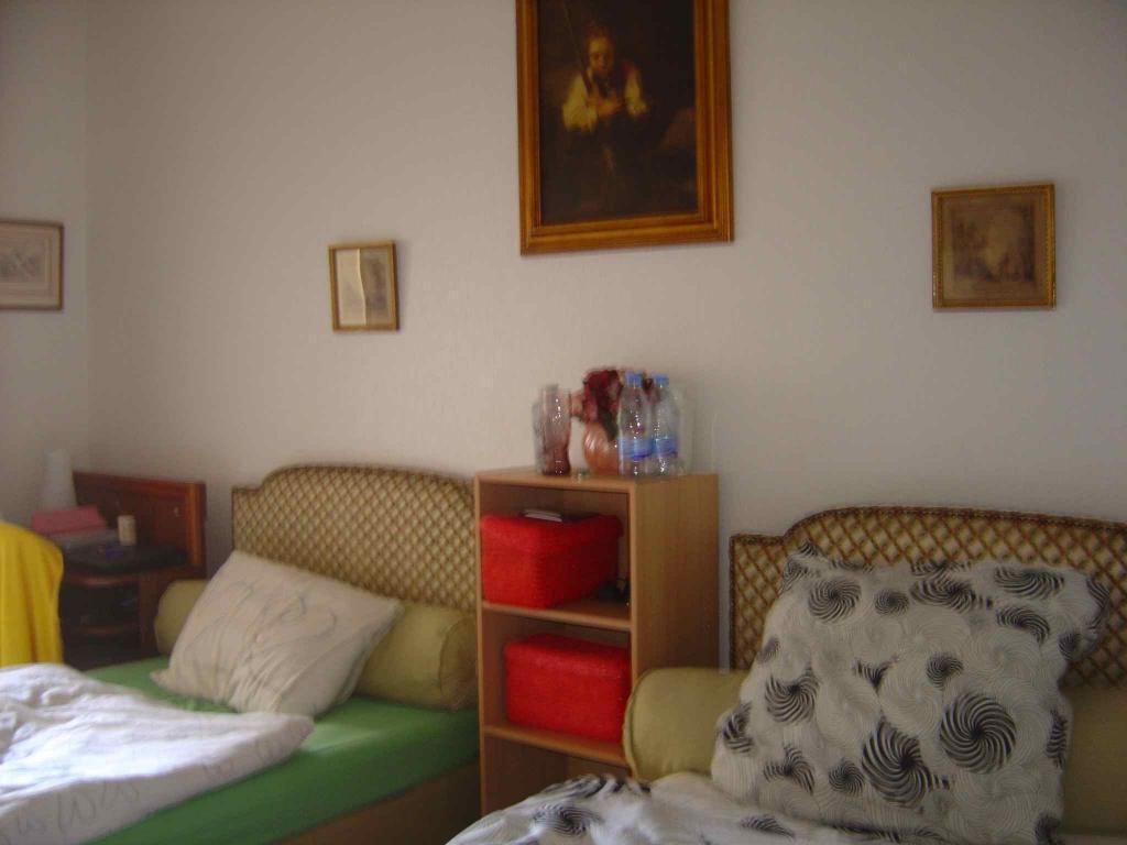 Chambre 2 Pers Rez-de-chaussée 16 m2 TOULOUSE rue de La Passerelle Proche centre Métro B Canal du midi (139) - 4909ef4aab1a6.jpg