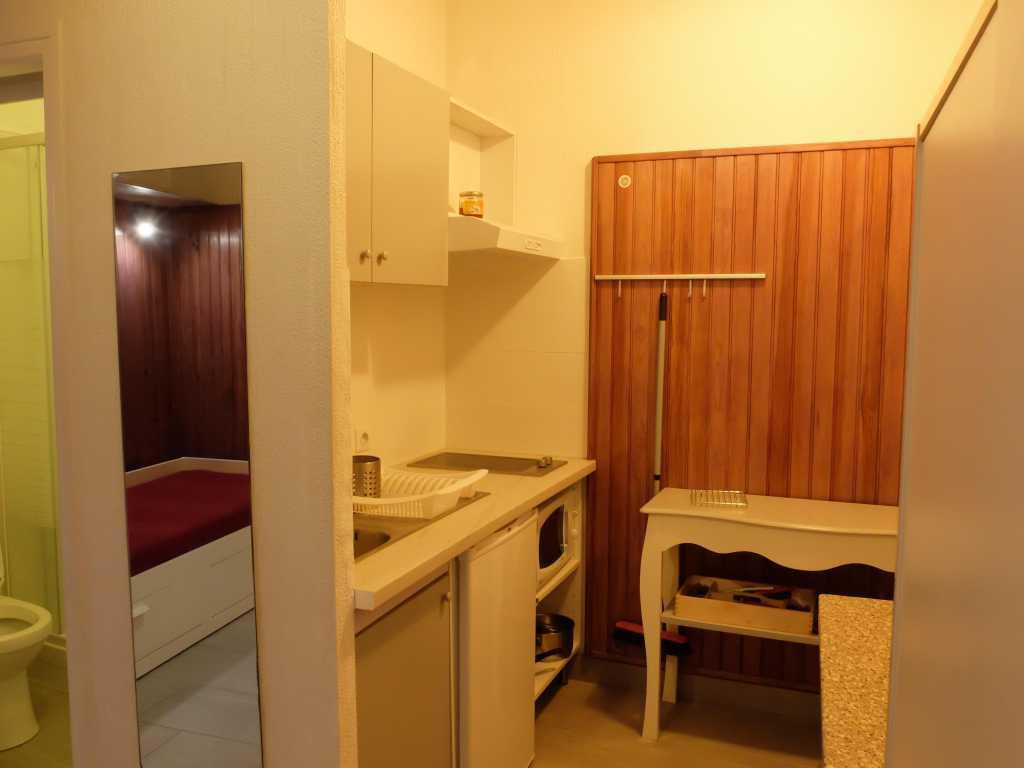 Studio Rez-de-chaussée 20 m2 TOULOUSE Rue des Queteurs Proche centre Métro B Compans Caffarelli (46) - studio_2.jpg