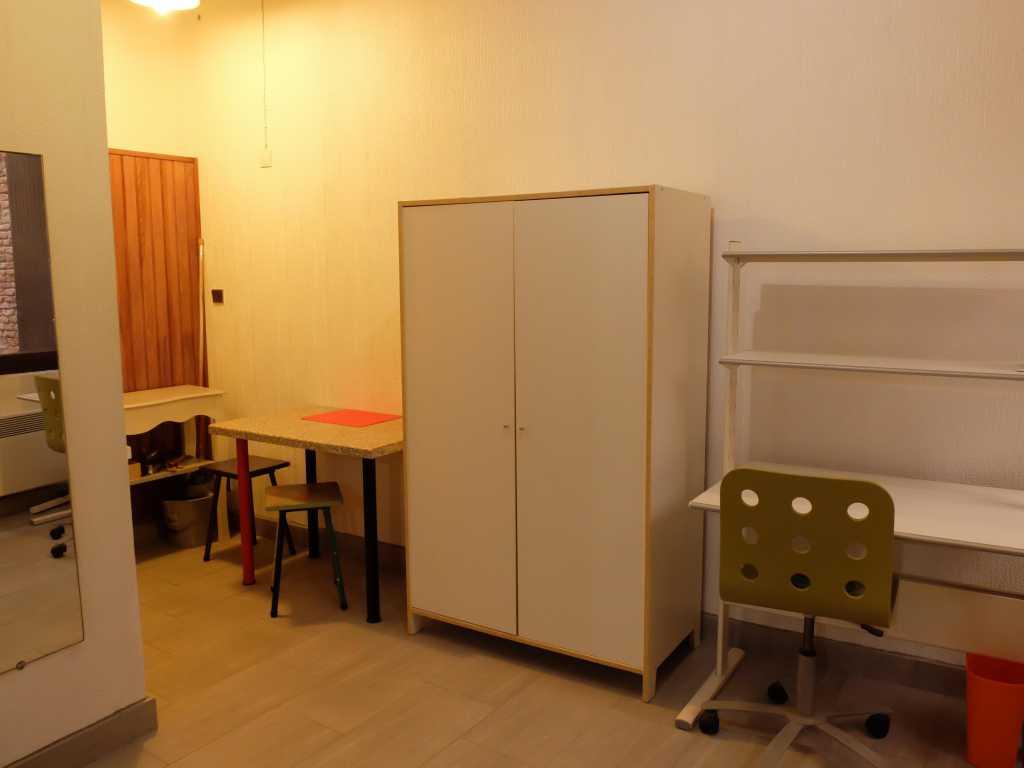 Studio Rez-de-chaussée 20 m2 TOULOUSE Rue des Queteurs Proche centre Métro B Compans Caffarelli (46) - studio_3.jpg