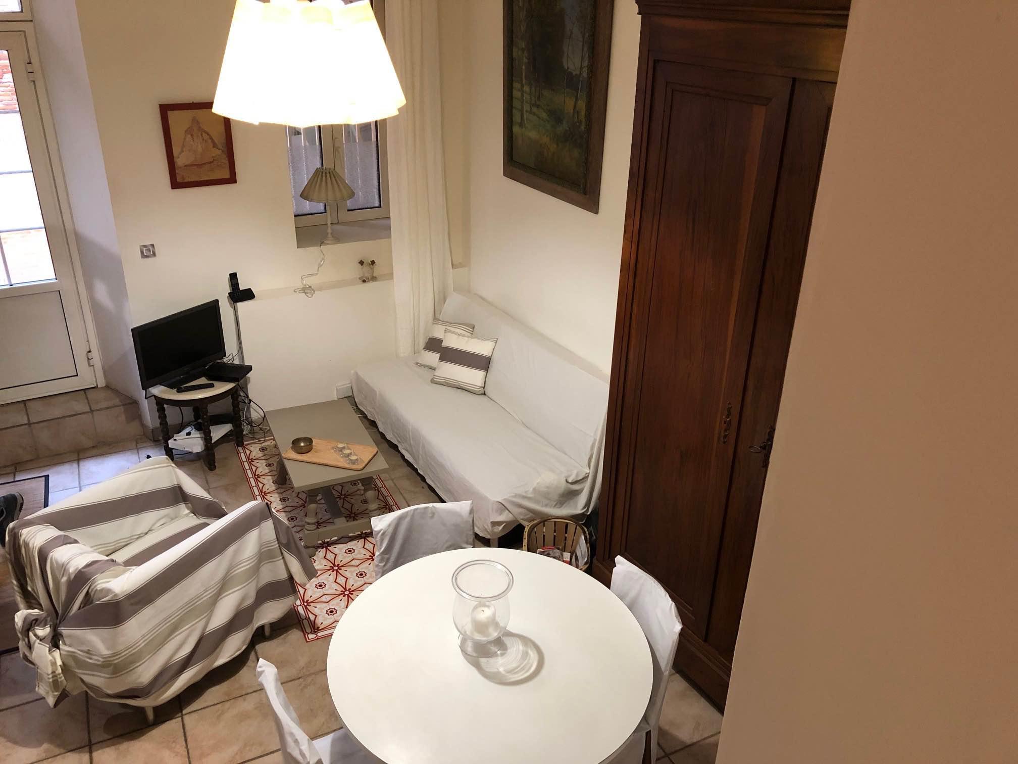 T1 Bis Rez-de-chaussée 45 m2 TOULOUSE Rue des Blanchers Hyper centre Métro A Esquirol (7) - 7_01.jpg